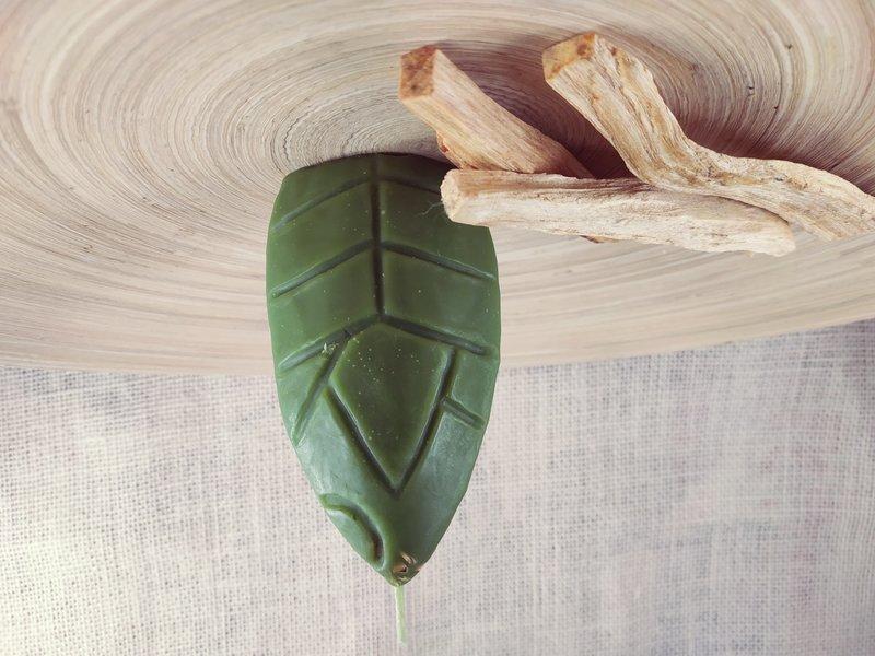 Свеча Kamalampi зеленая
